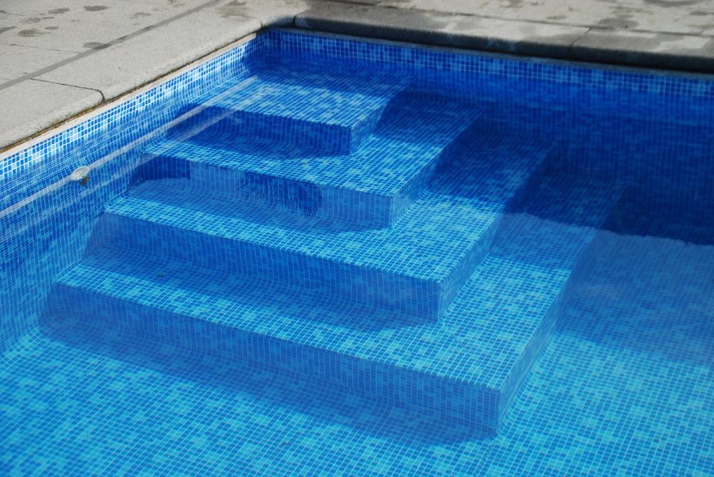 Zwembaden Demeyere | Zwembad renovatie in bestaande kuip